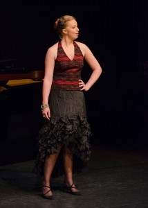 Iris van Wijnen bij het IVC, waar ze in 2014 drie prijzen won (© Internationaal Vocalisten Concours).