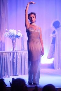 Lilian Farahani als Luise in Die Stumme Serenade (© Coco Duivenvoorde).