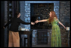 Sarah Connolly als Ariodante en Anett Fritsch als Ginevra in Händels opera Ariodante bij De Nationale Opera. (© Clärchen & Matthias Baus)