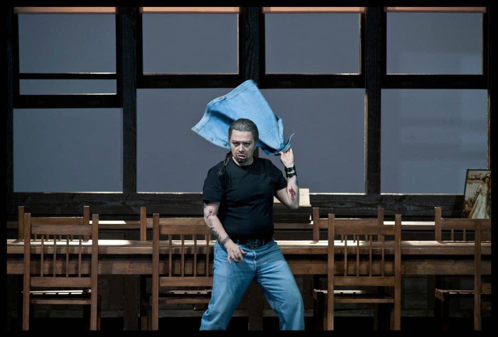 Sonia Prina als Polinesso in Ariodante bij De Nationale Opera. (© Clärchen & Matthias Baus)