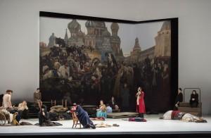 De openingsscène uit Chovansjtsjina bij De Nationale Opera. (© Monika Rittershaus)