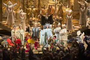 Scène uit Turandot. (© Marty Sohl / Metropolitan Opera)