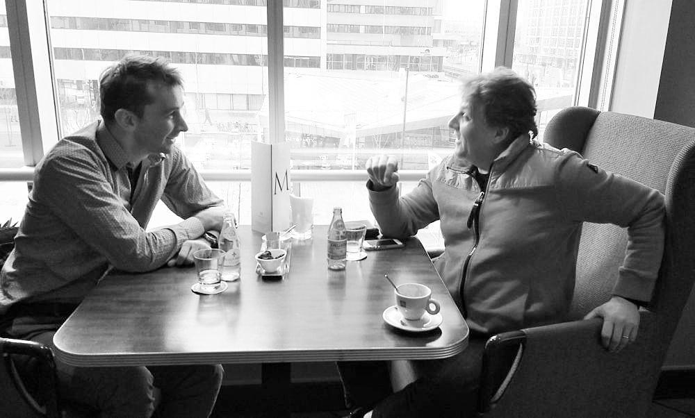 Henk Neven en Marcel Reijans in gesprek. (© Place de l'Opera)