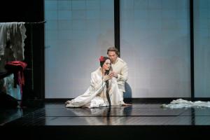 Roberto Alagna en Kristine Opolais in Madama Butterfly. (© Marty Sohl / Metropolitan Opera)