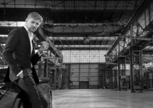 Titelrolvertolker Martijn Cornet in de Werkspoorkathedraal. (© Holland Opera)