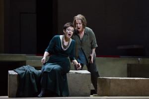 Waltraud Meier en Nina Stemme in Elektra. (© Marty Sohl / Metropolitan Opera)