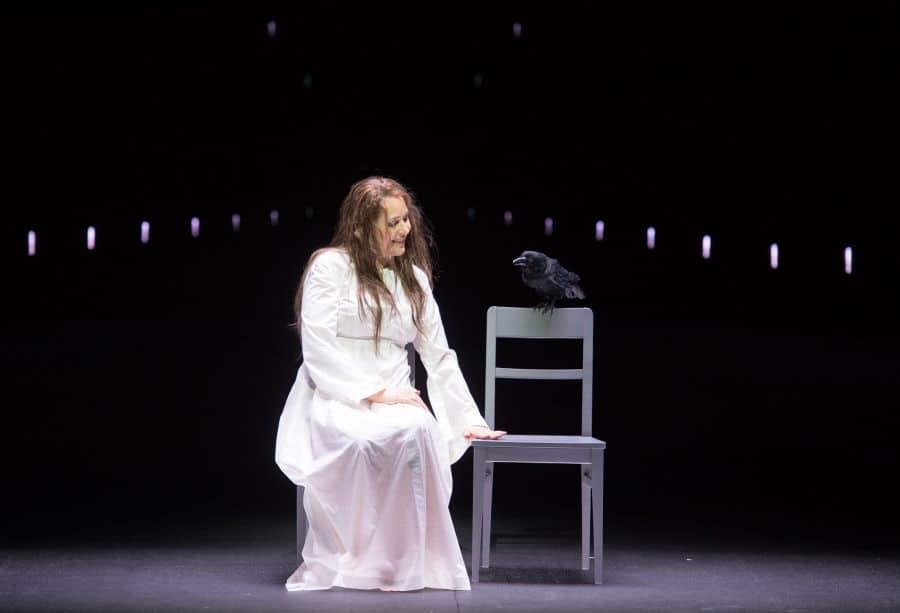 Tatiana Serjan als Lady Macbeth. (© Monika Rittershaus)
