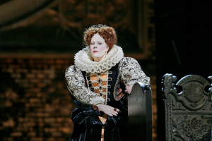 Roberto Devereux. (© Ken Howard / Metropolitan Opera)