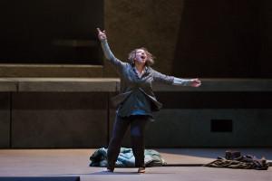 Nina Stemme als Elektra. (© Marty Sohl / Metropolitan Opera)