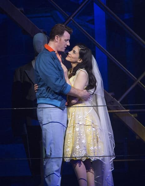 Norman Reinhardt (Tony) en Michelle Veintimilla (Maria) in West Side Story. (© Salzburger Festspiele / Silvia Lelli)