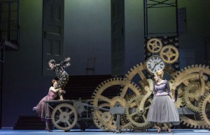 Scène uit L'Étoile bij De Nationale Opera. (© Marco Borggreve)