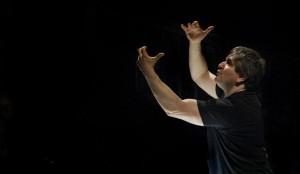 Antonio Pappano in actie. (© Sim Canetty-Clarke)