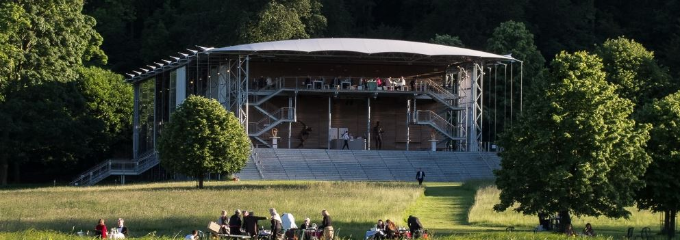 Het Pavilion van Garsington Opera. (© Clive Barda / Garsington Opera)