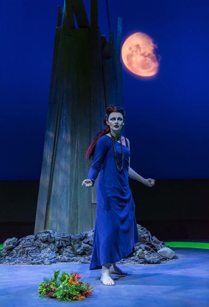 Elizabeth Atherton als Medea in The Cure. (© CLIVE BARDA/ArenaPAL)