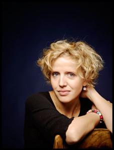 Cora Burggraaf is één van de solisten in Die Sieben Todsünden. (© Merlijn Doomernik)