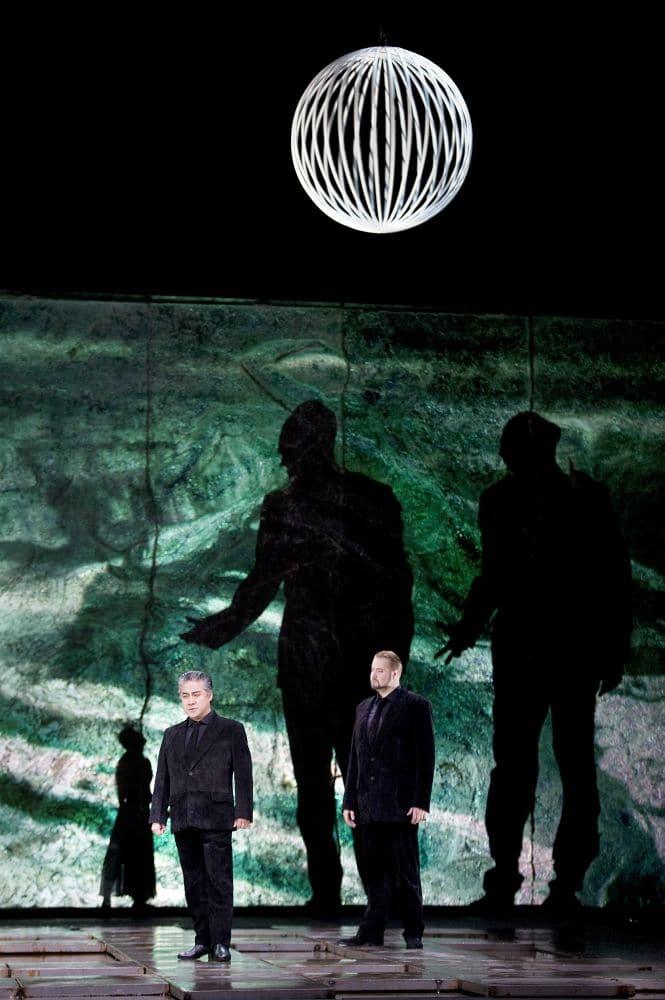 Scène uit Das Rheingold bij de Staatsoper Berlin. (© Monika Rittershaus)