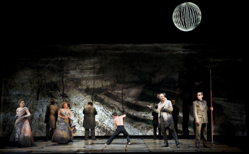 Scène uit Das Rheingold bij de Staatsoper Berlin (vorige speelreeks). (© Monika Rittershaus)