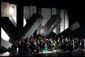 Scène uit La Juive bij de Bayerische Staatsoper.  (© Wilfried Hösl)