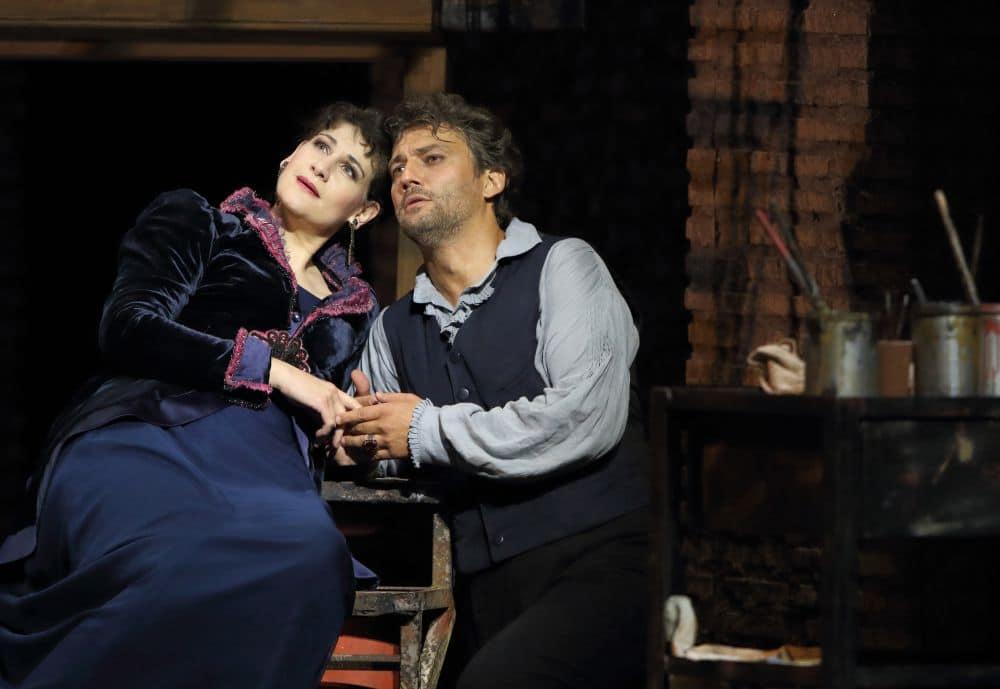 Anja Harteros en Jonas Kaufmann in Tosca bij de Bayerische Staatsoper. (© Wilfried Hösl)