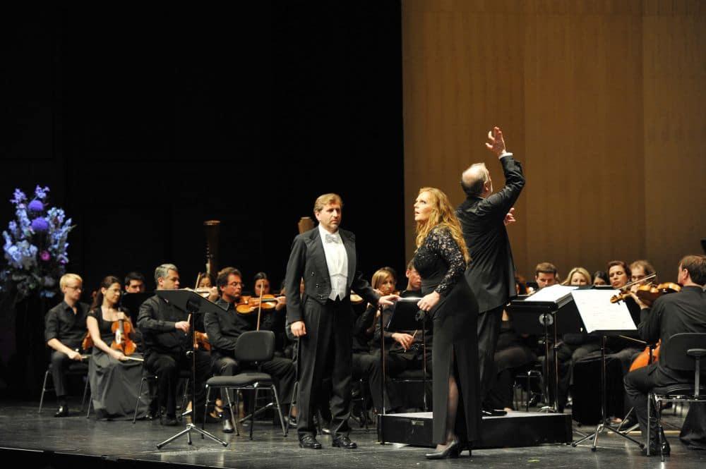 Andreas Schager en Eva-Maria Westbroek in Die Walküre in het Festspielhaus Baden-Baden. (© Andrea Kremper)
