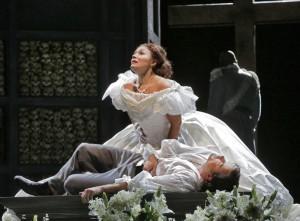 Scène uit Roméo et Juliette bij de Santa Fe Opera. (© Ken Howard)