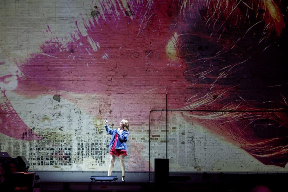 Alexandra Flood als Violetta in Traviata remixed. (© Jeroen van Zijp)