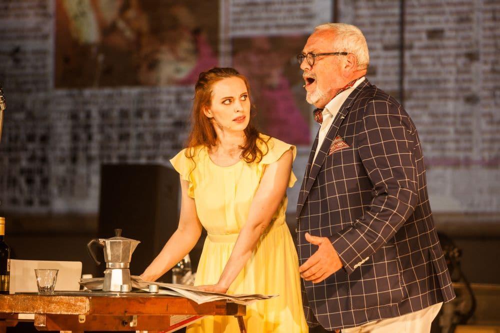 Alexandra Flood en Ernst Daniël Smid in Traviata remixed. (© Jeroen van Zijp)