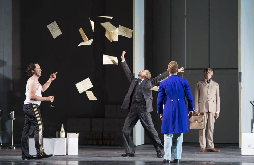 Scène uit Le nozze di Figaro bij De Nationale Opera. (© Monika Rittershaus)