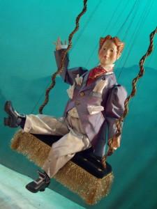Scène uit Het Luchtkasteel. (© Amsterdams Marionetten Theater)
