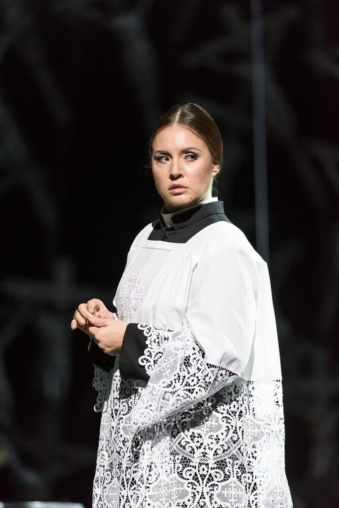 Sonya Yoncheva als Norma bij het Royal Opera House. (© 2016 ROH / Bill Cooper)