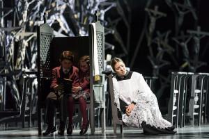 Scène uit Norma bij het Royal Opera House. (© Bill Cooper)