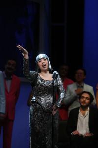 Elena Puszta als Olympia. (© Silke Winkler)