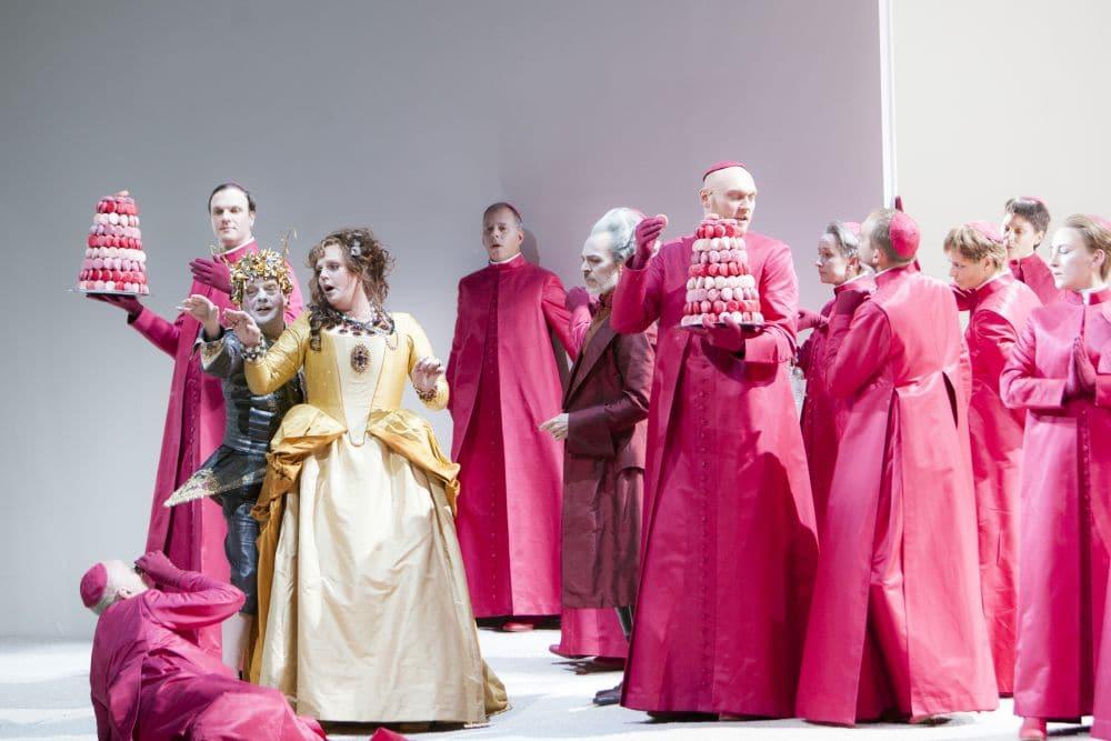 Scène uit Manon Lescaut. (© Bernd Uhlig)