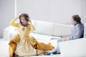 Scène uit Manon Lescaut bij De Nationale Opera. (© Bernd Uhlig)