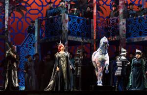 Scène uit Nabucco. (© Lorraine Wauters / Opéra Royal de Wallonie)