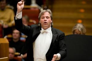 Markus Stenz leidde de uitvoering van het Requiem voor Jheronimus Bosch. (© Catrin Moritz)