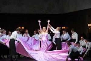 Scène uit Martha bij de Oper Frankfurt. (© Barbara Aumüller)