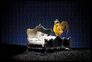 Scène uit De Gouden Haan bij de Munt in Brussel. (©  Matthias Baus)