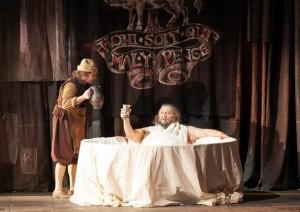 Scène uit Falstaff. (© Wiener Staatsoper / Michael Pöhn)