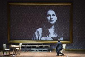 Scène uit Fedora. (© Monika Rittershaus)