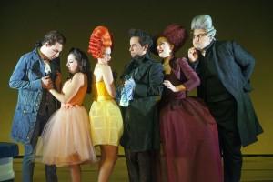 Lilian Farahani (tweede van links) maakte veel indruk in de jonge cast van Il matrimonio segreto. (© Hans van den Bogaard)