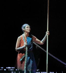 Tamara Mumford als de pelgrim. (© Ken Howard / Metropolitan Opera)