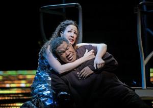 Susanna Phillips en Eric Owens in L'Amour de Loin. (© Ken Howard / Metropolitan Opera)