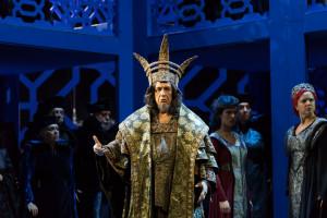 Leo Nucci als Nabucco in Luik. (© Lorraine Wauter / Opéra Royal de Wallonie)