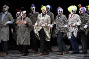 Scène uit Rigoletto bij het Aalto-Musiktheater. (© Matthias Jung)
