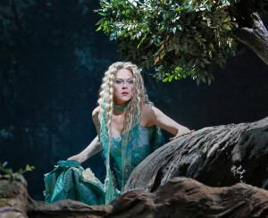 Kristine Opolais als Rusalka. (© Ken Howard / Metropolitan Opera)