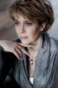 Johannette Zomer is één van de solisten bij Combattimento.