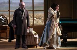 Anna Netrebko en Leo Nucci in La traviata. (© Brescia/Amisano - Teatro alla Scala)
