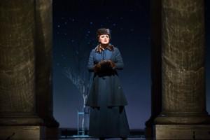 Anna Netrebko als Tatjana. (© Marty Sohl / Metropolitan Opera)