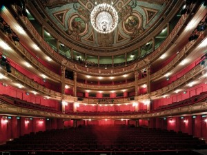 In de Opera Gent zijn alle operaproducties behalve Parsifal te zien. (© Tom Dhaenens)